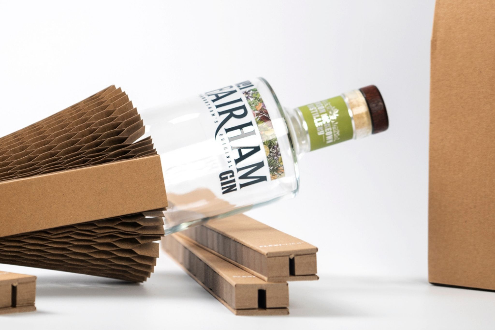 100% plastic free packaging using within craft gin distilling